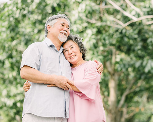 galleryhome_0006_bigstock-Happy-Smile-Senior-Asian-Coupl-227234695